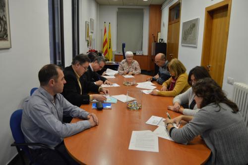 Signatura Conveni Excedents Servei de Cuina a Corbera de Llobregat